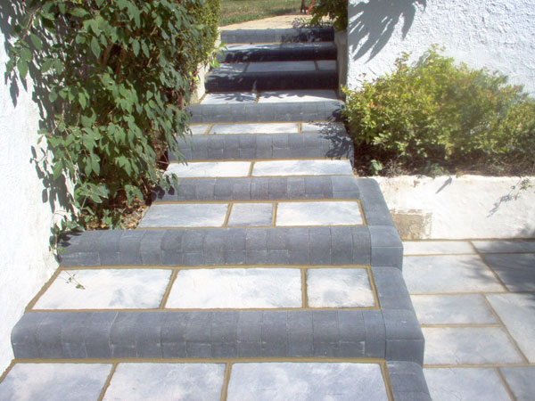 Steps & Split Level block paving in Dorset